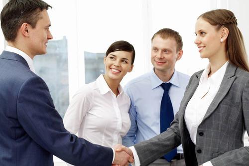 创业公司如何寻找合适的法律顾问?