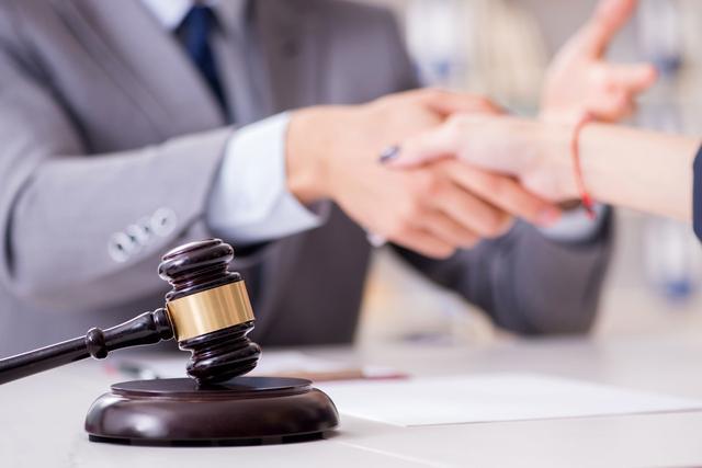 企业必须了解什么是最好的法律顾问7大特征