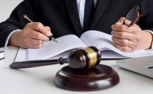 公司企业法律顾问的作用与职责